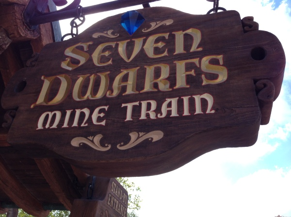 7 Dwarves Sign